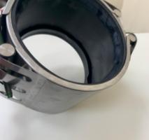 Abraçadeira de inox para tubo